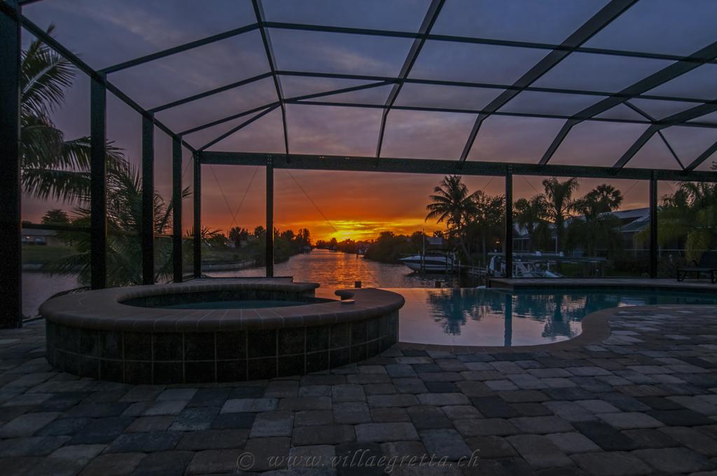 Villa Egretta Beltramonto Ansicht Swimmingpool Sonnenuntergang